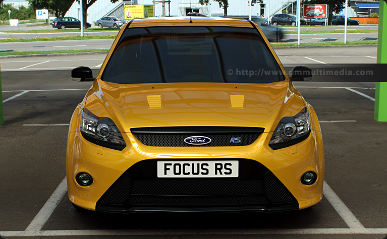 Ford Focus MK2 in yellow - straight on
